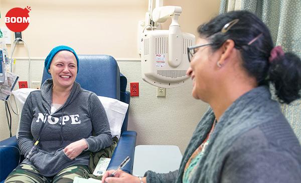 कैंसर इलाज़ के नए प्रयोग कीमो थेरेपी के दौरान बाल झड़ने से रोकेंगे